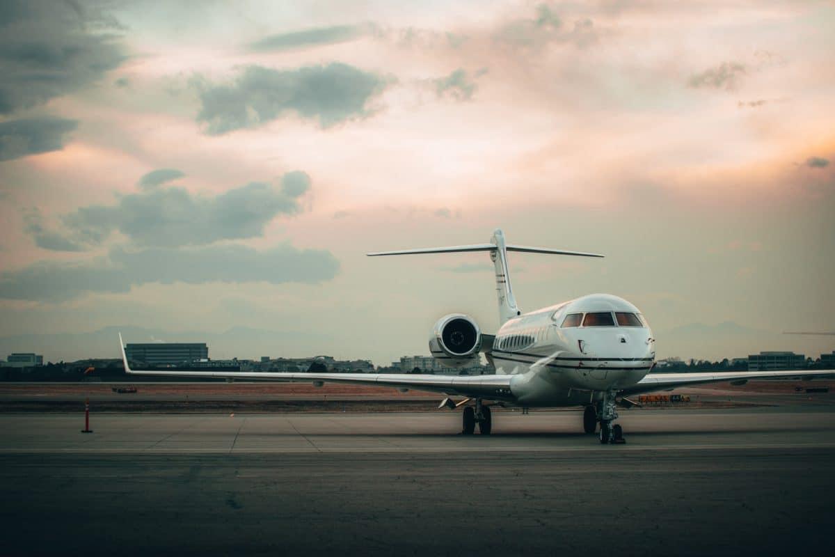 Moet je rijk zijn om een privé jet te huren?